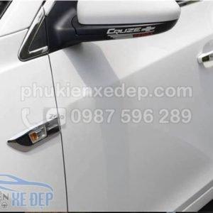 Decal tem TRD dán tay cửa xe ô tô 3