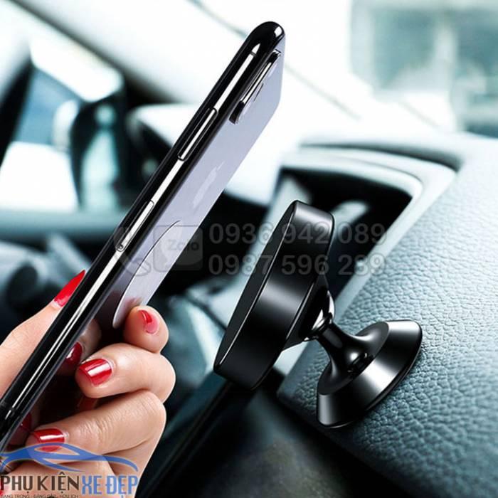 Giá đỡ điện thoại trên ô tô hút nam châm