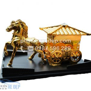 Nước hoa xe ô tô ngựa kéo 2