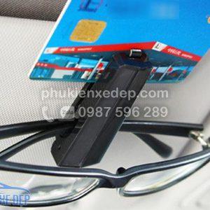 Kẹp kính mắt trên ô tô 2