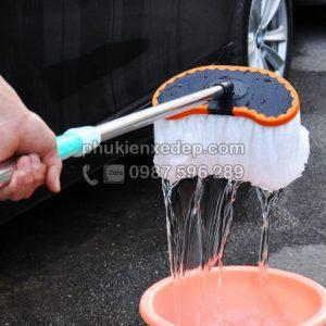 Chổi rửa xe ôtô cán dài chuyên dụng 3