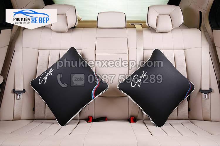 Gối tựa lưng ô tô kiêm chăn trên xe hơi 6