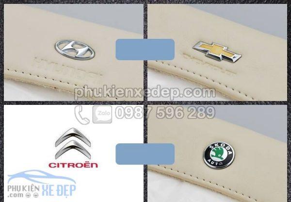 Hộp đựng khăn giấy trên ô tô - Kẹp trần xe 8