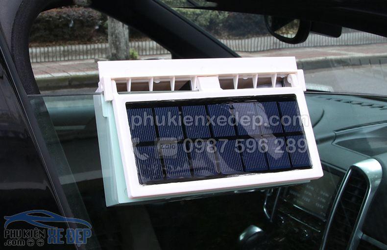 Quạt hút khí nóng ô tô năng lượng mặt trời 7