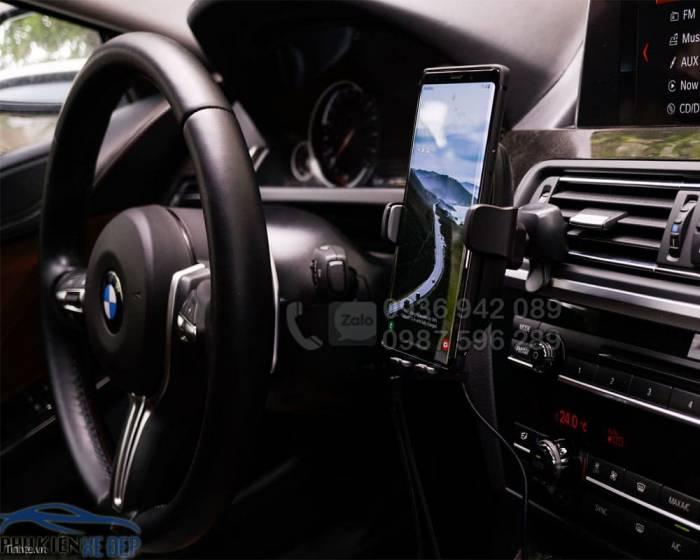 Giá đỡ điện thoại kiêm sạc không dây RAVPower SH014